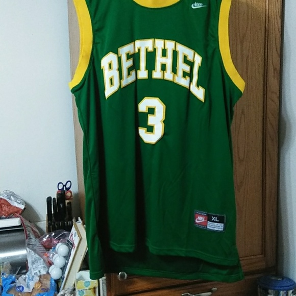 Allen Iverson Bethel H.S. jersey. M 5c3373b634a4efc855d4cd69 f2e86d1556